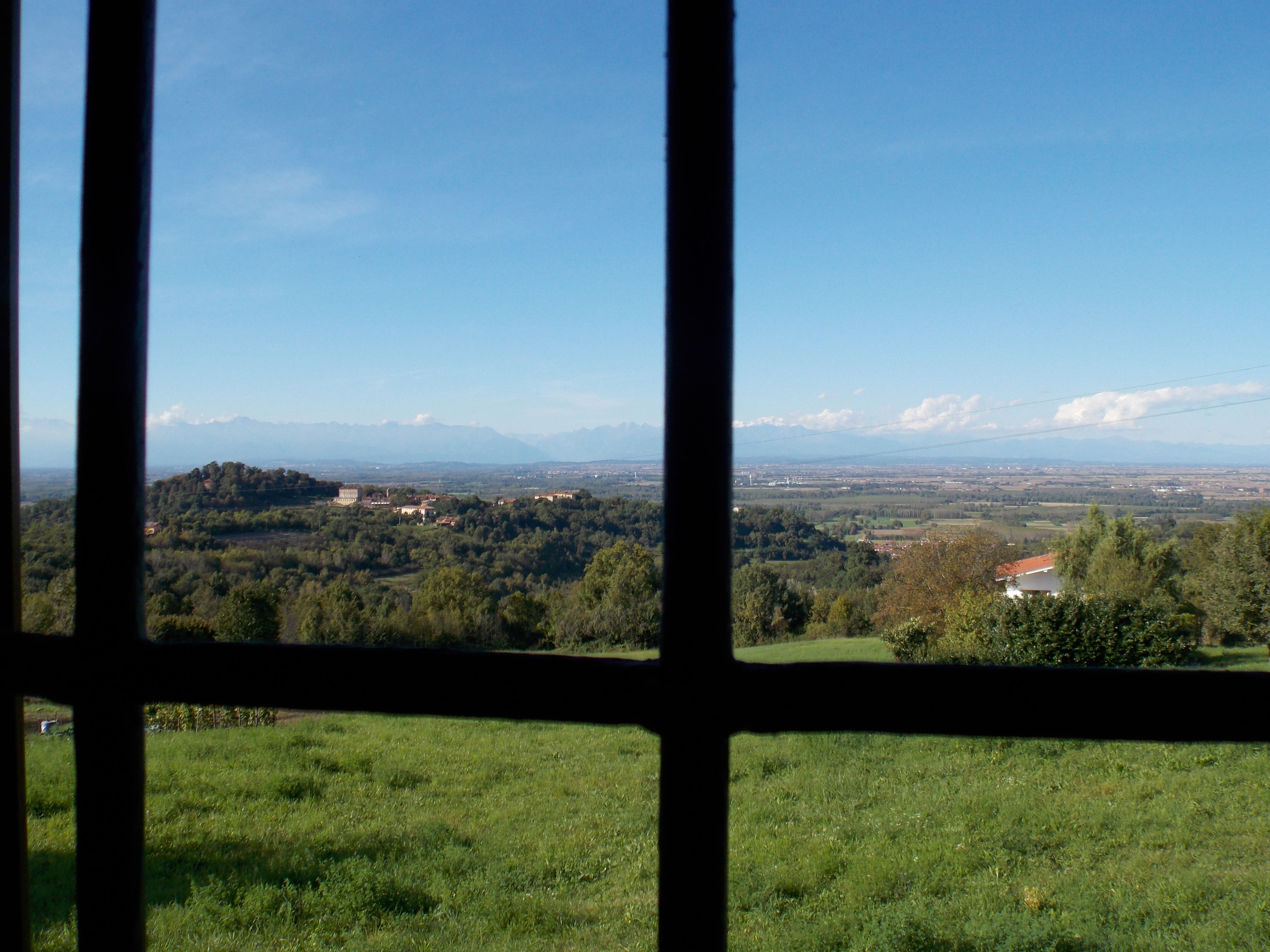 Bed & Breakfast nel Monferrato - Bed & Breakfast - Piemonte (Brusasco -  Torino - TO) ~ Vista dalla finestra della camera