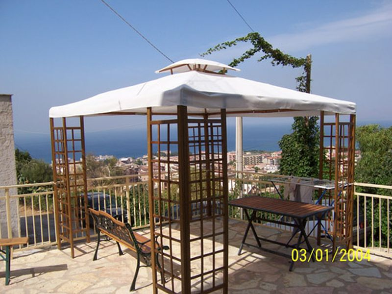 Holiday rentals - CASA VACANZA - SICILIA (CASTELLAMMARE DEL GOLFO - TRAPANI) ~ From the veranda, and from inside you can admire the panorama of the Gulf of Castellammare