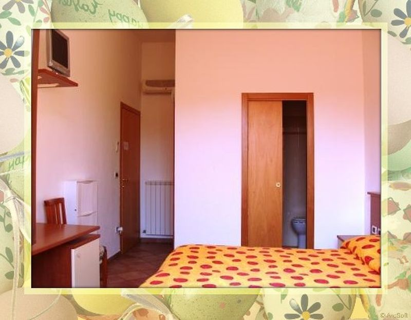 - Bed & Breakfast - marche (PORTO RECANATI -  Macerata - MC) ~ Camera matrimoniale con bagno
