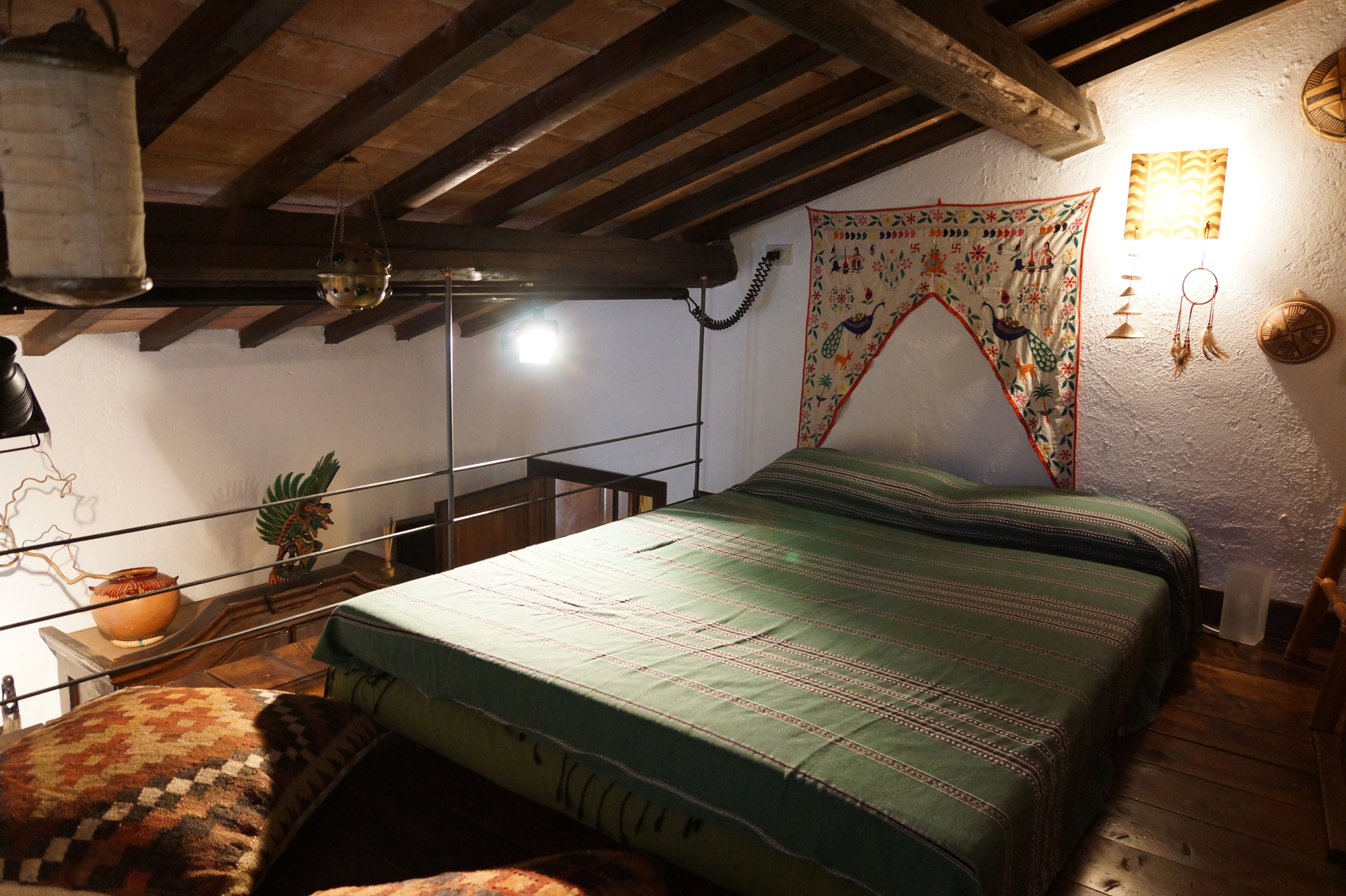 Vacanze in Umbria - Bed & Breakfast - umbria (MASSA MARTANA -  Perugia - PG) ~ altro letto su area soppalcata